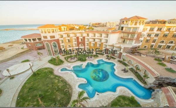 Luxury 1-bedroom apartment near the sea