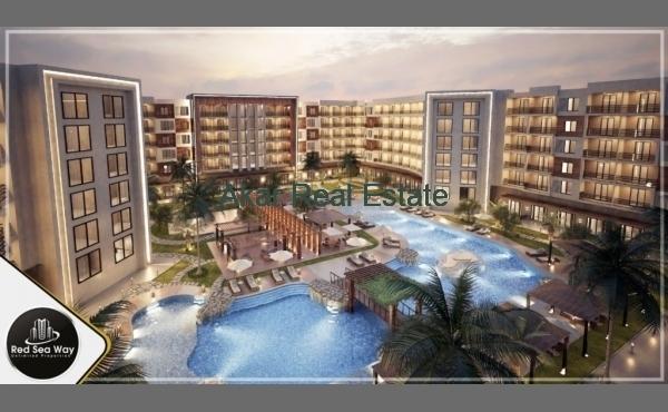 Duplex in complex with private beach. Arabia area!